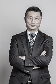 代表取締役会長 羅 怡文